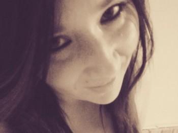 betty 28 éves társkereső profilképe
