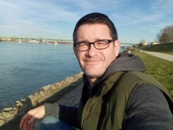 Csucsu40 41 éves társkereső profilképe