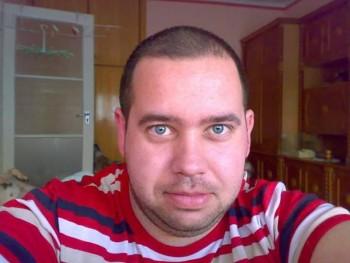 Tamás 85 35 éves társkereső profilképe
