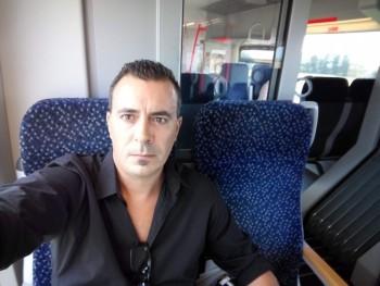 phillip77 44 éves társkereső profilképe