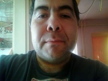 Károly Norbert 47 éves társkereső profilképe