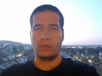Lacorsa 25 éves társkereső profilképe