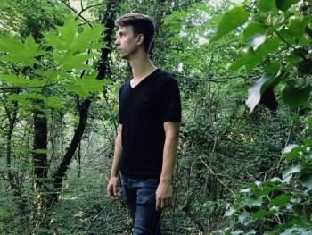 Fr4nk 24 éves társkereső profilképe