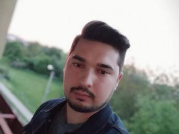 trevis3991 27 éves társkereső profilképe