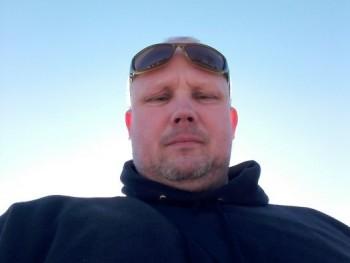 Jamba 45 éves társkereső profilképe