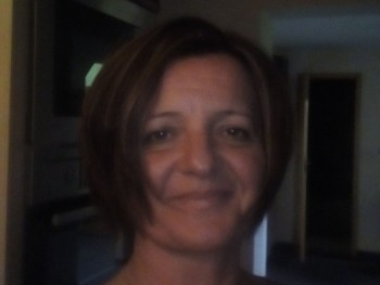 tünde 48 éves társkereső profilképe