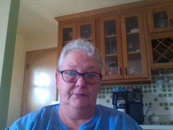 11Adiratna 68 éves társkereső profilképe