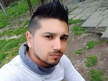 Dávid024 24 éves társkereső profilképe