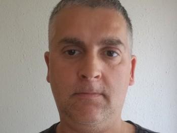 Rigi 46 éves társkereső profilképe