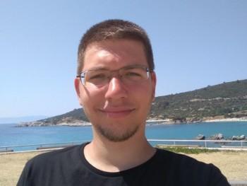 Bence9898 22 éves társkereső profilképe