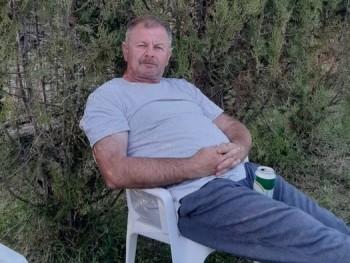 Bogumil 54 éves társkereső profilképe