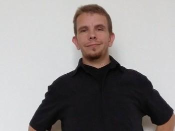 Rihárd 40 éves társkereső profilképe