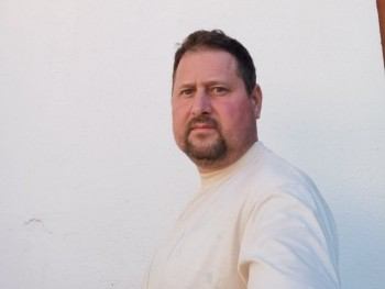 Lacos 45 éves társkereső profilképe