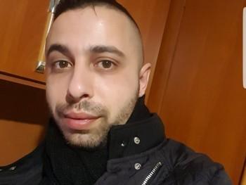 Csaba 91 28 éves társkereső profilképe
