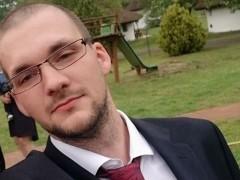 Dave28 - 28 éves társkereső fotója