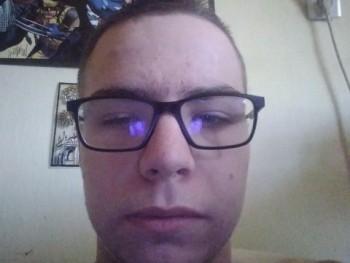 Isti2003 17 éves társkereső profilképe