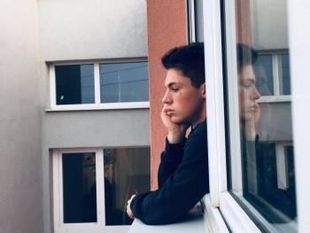 szebi dudas 16 éves társkereső profilképe
