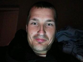 Molnargergo92 27 éves társkereső profilképe