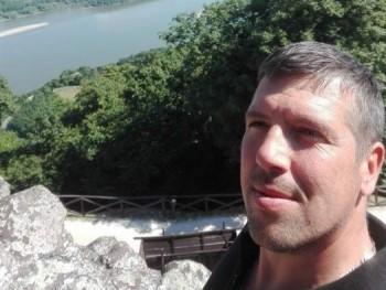 pompom01 43 éves társkereső profilképe