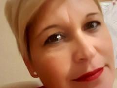 DLívia - 44 éves társkereső fotója