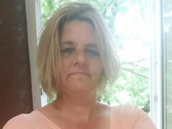 vicamano037 47 éves társkereső profilképe