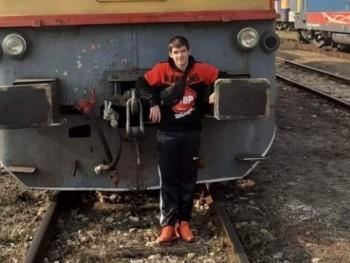 Olajos Richárd 17 éves társkereső profilképe