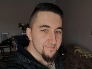 Vadász0529 28 éves társkereső profilképe
