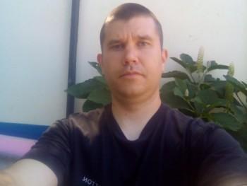 pejko88 32 éves társkereső profilképe