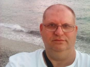 elmacko 55 éves társkereső profilképe