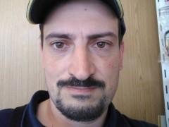 Gábor 85 - 35 éves társkereső fotója
