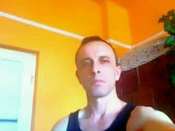 spici 34 éves társkereső profilképe