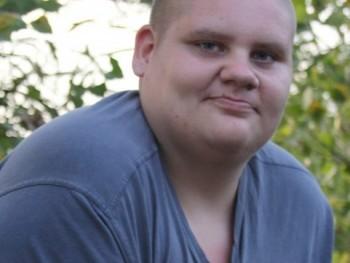 boosco 21 éves társkereső profilképe