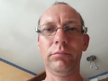 szentm 49 éves társkereső profilképe