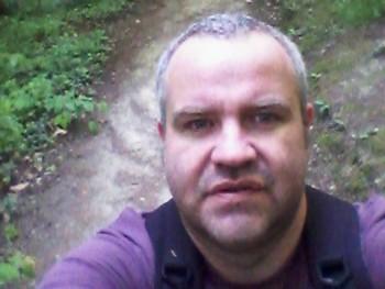 krisz1120 46 éves társkereső profilképe