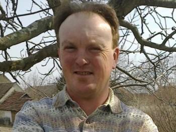 GÁBOR1974 45 éves társkereső profilképe