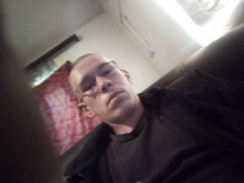 Tamás 2000 19 éves társkereső profilképe