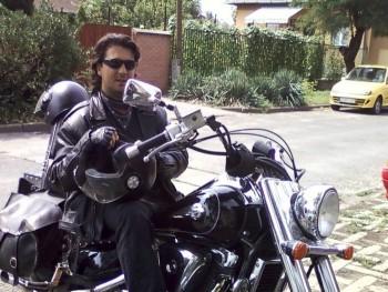 IntruderZoltán 46 éves társkereső profilképe