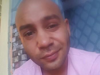 raul27 27 éves társkereső profilképe