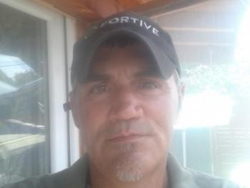 Kovács 49 éves társkereső profilképe
