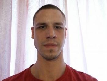 Adamgi1992 28 éves társkereső profilképe