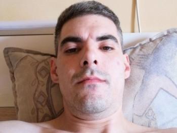 Zoli8022 40 éves társkereső profilképe