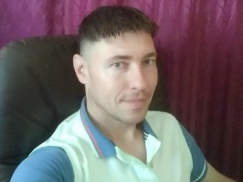 Licinius 34 éves társkereső profilképe