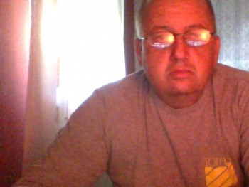 mikics 50 éves társkereső profilképe