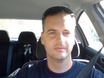 Sziasztok 40 éves társkereső profilképe