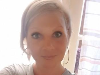 petramagdolna 40 éves társkereső profilképe