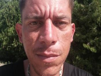 Csaba37 38 éves társkereső profilképe