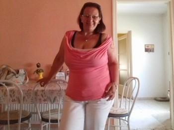 Edina Édua 39 éves társkereső profilképe