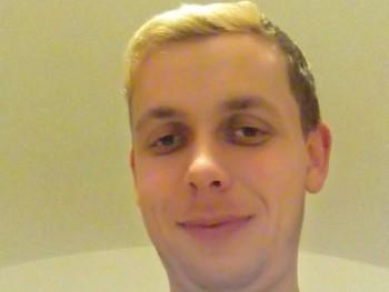 Zoltán 89 32 éves társkereső profilképe