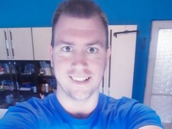 Gabor913 37 éves társkereső profilképe