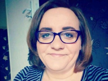 csilla27 27 éves társkereső profilképe